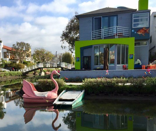 Venice Canals Walkway, Los Angeles Picture: A Reflection of Beauty - Check out TripAdvisor members' 51,365 candid photos and videos of Venice Canals Walkway