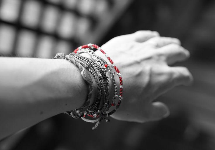 Earth Bracelet från #Wakami - populärt bland män, men kolla in om det passar. Mät handleden och jämför med måtten på masomenos.se!