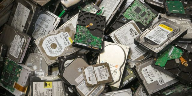 Don't Panic! How to Recover Data From a Dead Hard Drive  - PopularMechanics.com