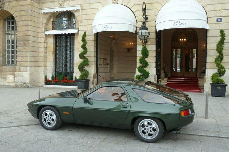Porsche 928 - 1977 European car of the year