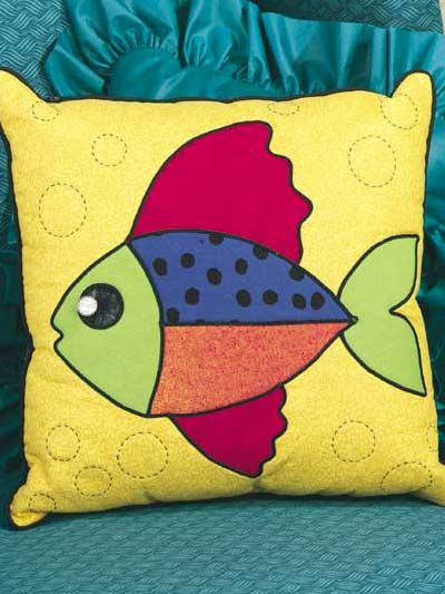 A brightly colored free pillow pattern will brighten up your home! Featuring a colorful fish this pillow is perfect for adding a unique decorative touch ... & 87 best Unique Pillows and Cushions images on Pinterest   Cushions ... pillowsntoast.com