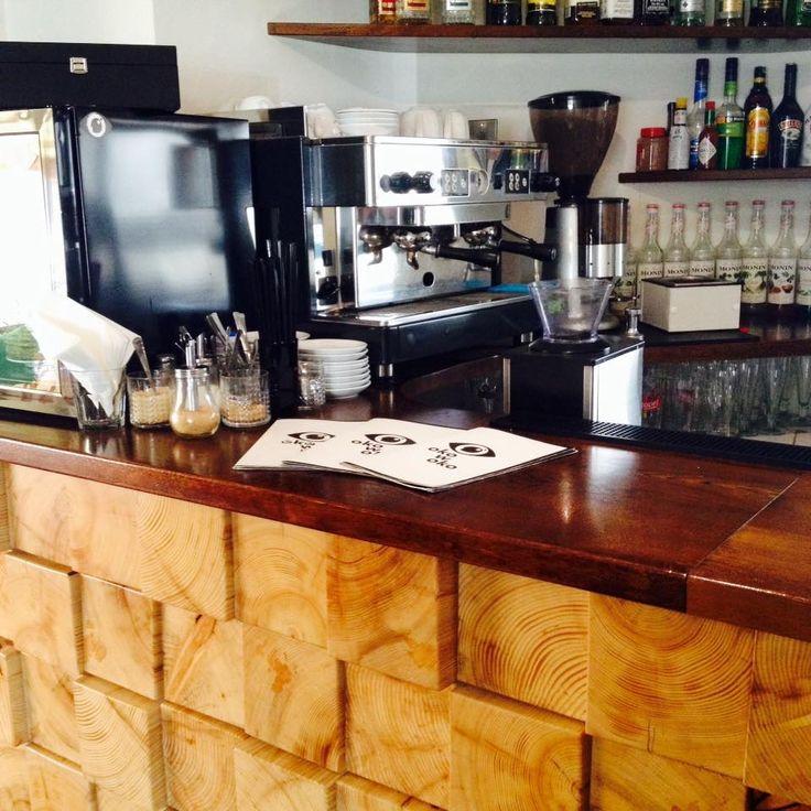 #Kawiarnia Oko w Oko, #Warszawa ul. Promenada 2. Godz. otwarcia: pon-niedz. 11-00. Z #KofiUp wypijesz: #Americano, #Espresso, #Cappuccino, #EspressoDoppio, #FlatWhite, #IceTea, #HerbataMrożona, #HerbataRozgrzewająca, #Herbata, #Latte, #Lemoniada