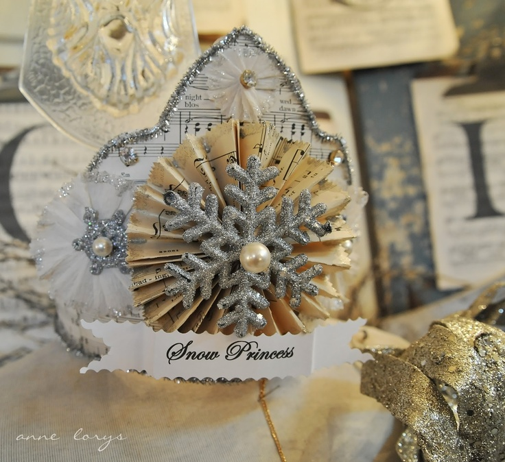 Fiona and Twig: Binky's Beautiful Christmas, Part OneSnow Queen, Christmas Crafts, Beautiful Christmas, Christmas Fun, Snowflakes Crowns, Paper Crafts, Christmas Ideas, Paper Rosette, Holiday Christmas