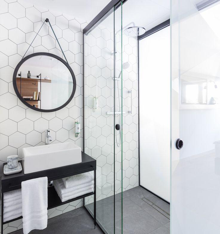 Hexagon wit lichtgrijs mat wand- en vloertegel 17,5 x 20 cm per m2 online bestellen - TEGELinfo
