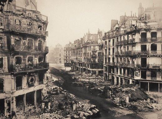 Rue de rivoli vers lhôtel de Ville de paris apres les destructions de la Commune en 1871