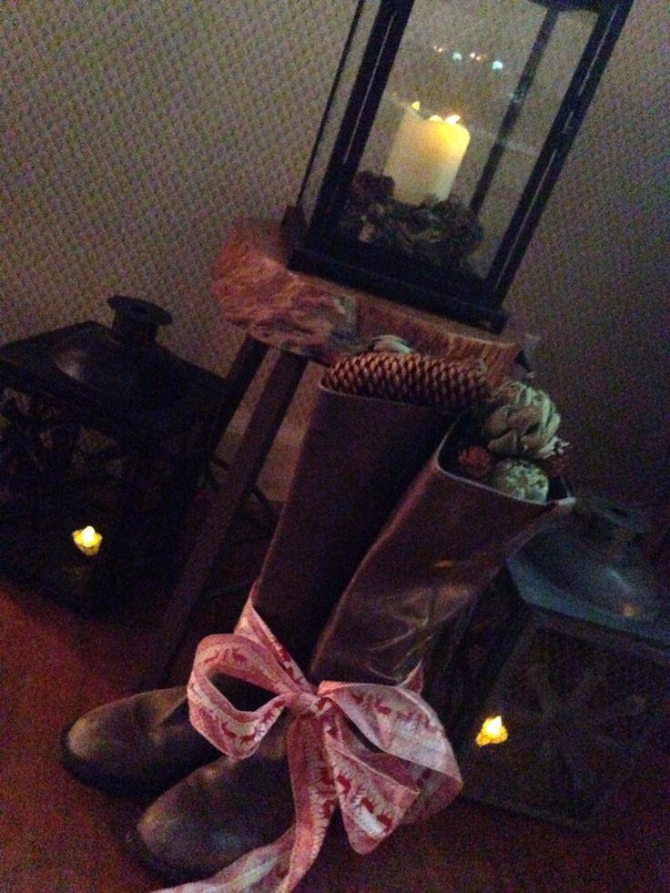 Stuffed riding boots