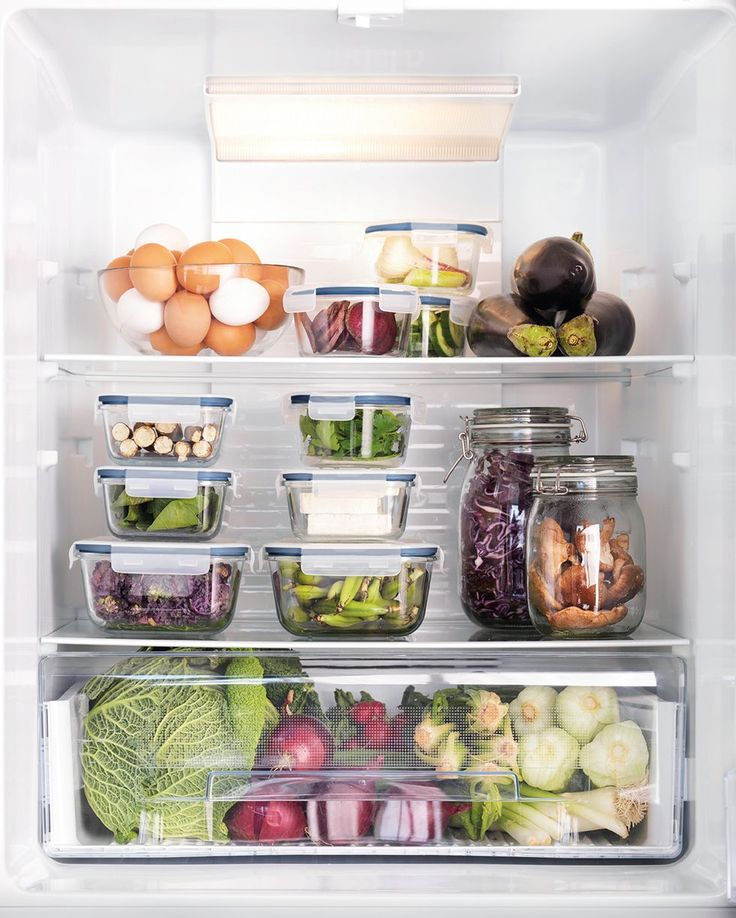 Lev et mere bæredygtigt liv derhjemme - IKEA Food Storage Organization, Refrigerator Organization, Organized Fridge, Organizing, Pantry Organisation, Kitchen Cart, Kitchen Storage, Kitchen Decor, Kitchen Interior