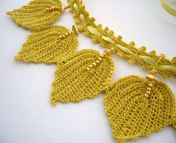 Hand Crochet   Bib Necklace Choker Spring Leaves by CraftsbySigita,   www.etsy.com/shop/CraftsbySigita