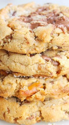 Peanut Butter Chunker Cookies