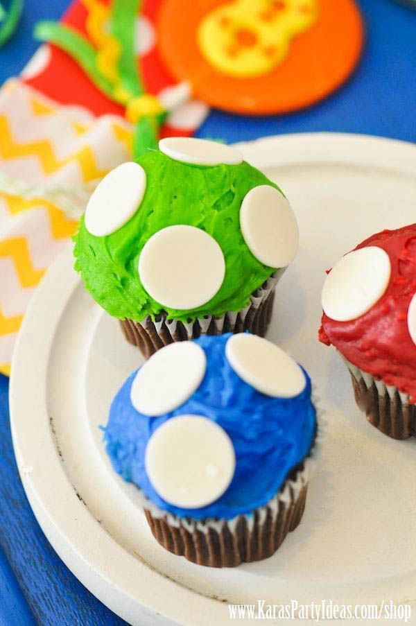 Super Mario Bros Themed Birthday -- Wilton candy melts for mushroom cupcakes, also like the star shaped pbjs