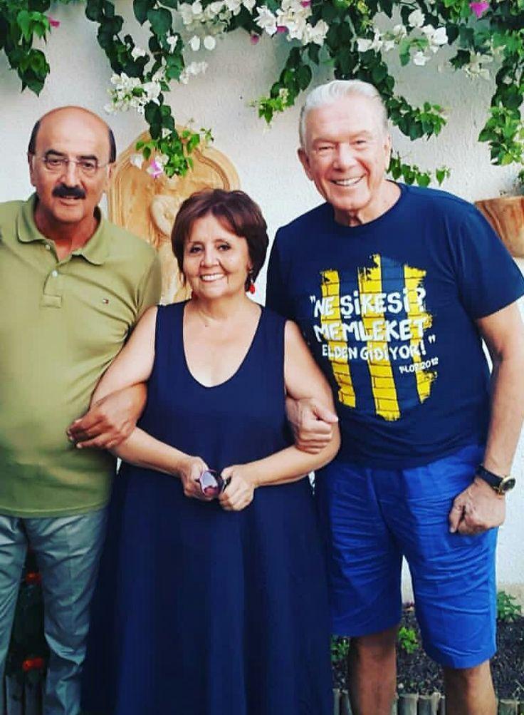 Muhteşem 3 lü/Gazeteciliğin Devleri/Hüsnü Mahalli/Aysenur Arslan/Uğur Dundar/Türkiye size çok şey borclu/Doğru bilginin adresleri/Dünyanın en iyi gazetecileri:Türk Gazetecileri.