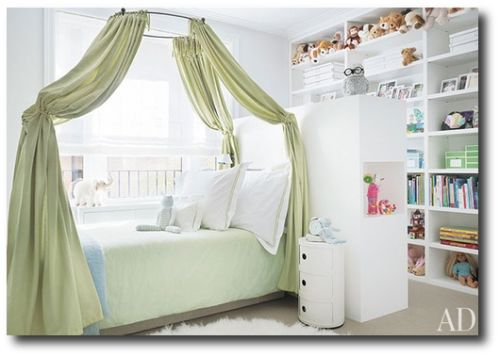Canopy Bed 500x357 How To Decorate A Childs Room In The Swedish Style