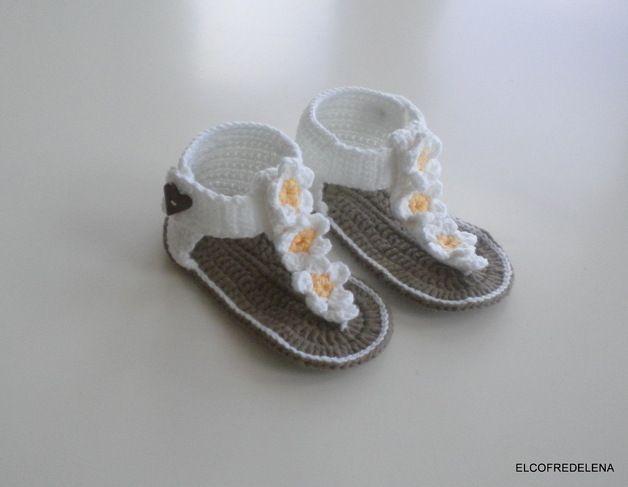 Gebreide & gehaakte schoenen - babyschoentjes Crochet - Een uniek product van El-Cofre-de-Lena op DaWanda