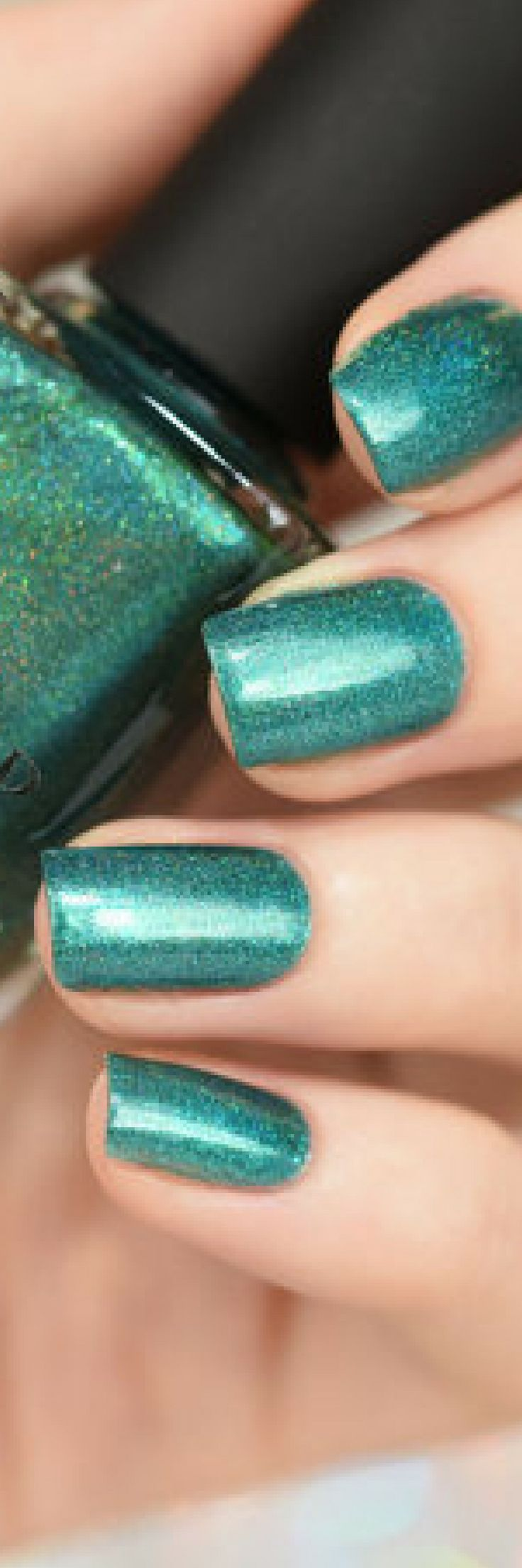 Super vibrant and luxuriously saturated, Rehab is definitely what you need!  Rehab is a gorgeous aqua-green holo and a perfect match for those long and relaxing summer days.   Wear it to the pool! Wear it to the beach!   Or…  If you're like most of us, wear it to work and use your imagination :)#naildesign #nailart #ad #winternails #glitternails