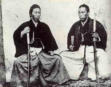 龍馬27歳のとき(左)