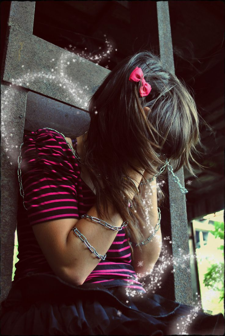 Emo girl wallpaper from EMO wallpapers
