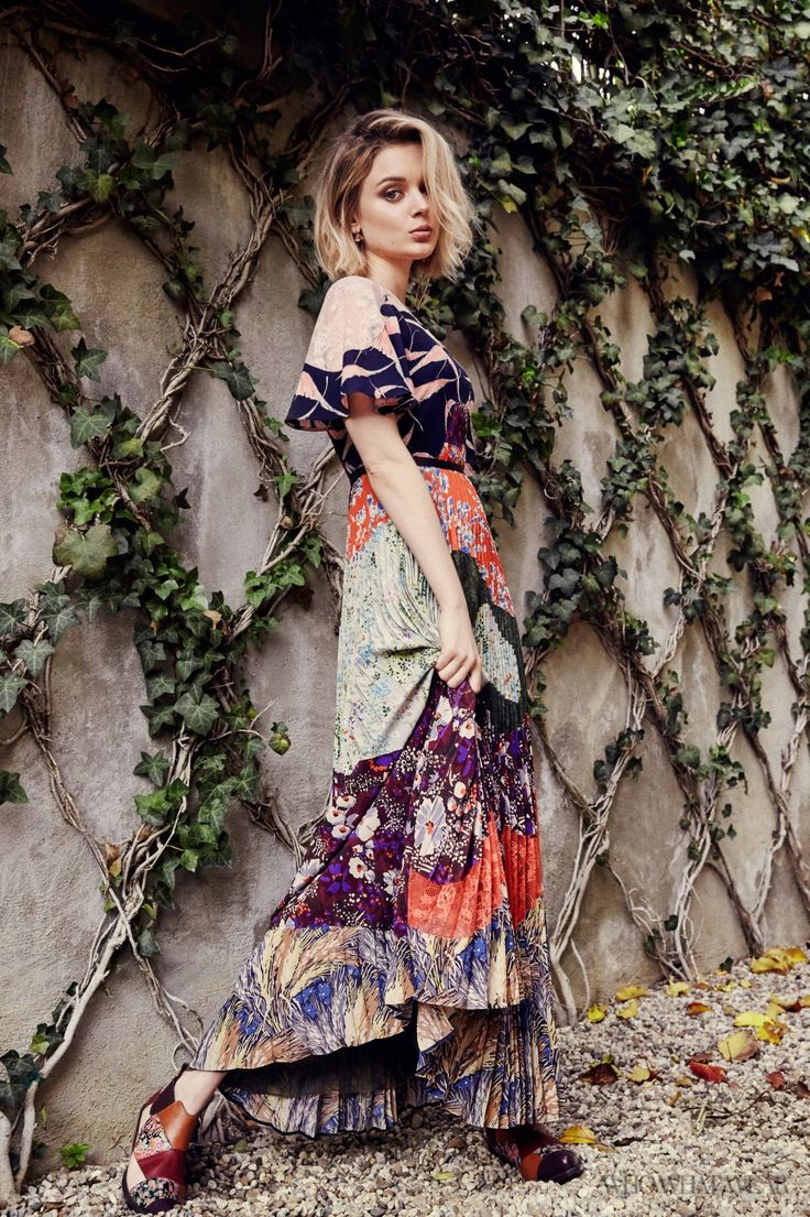 Bella Heathcote Takes on Spring's Most Valuable Print. #spring #celebrity