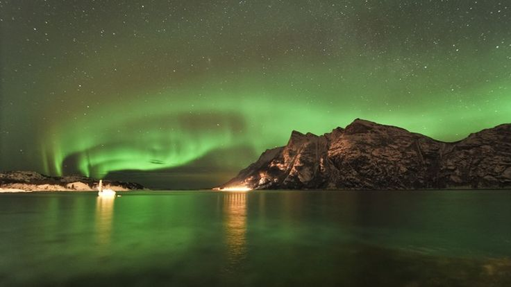 Bodø has the ever fascinating northern lights. Even those who live here all year round are eternally captivated by this flickering iridescen...