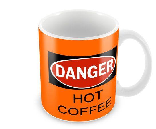 Caneca - Hot Coffee é uma caneca perfeita para quem gosta de uma pitada de humor em sua rotina