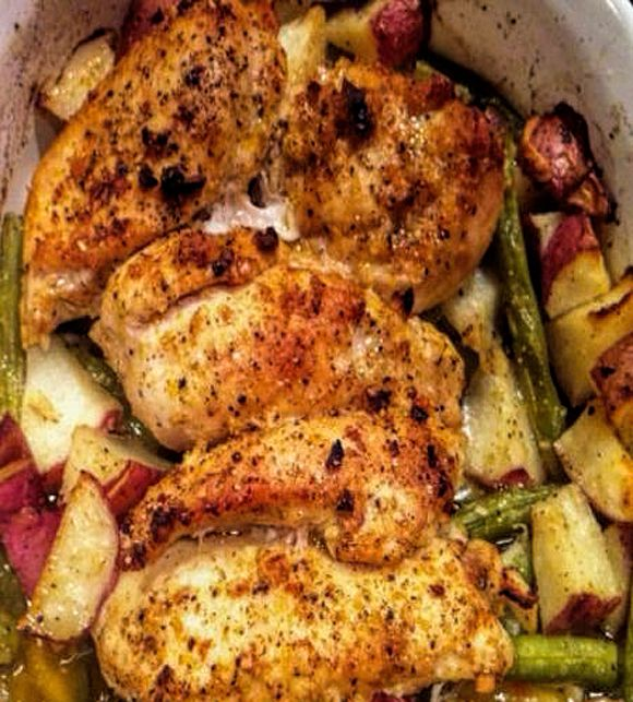 Pan-Roasted Chicken with Lemon-Garlic Green Beans (Cuisinart Convection steam oven directions included.) Gluten free. Low Carb, Diabetic Friendly and so simple to make
