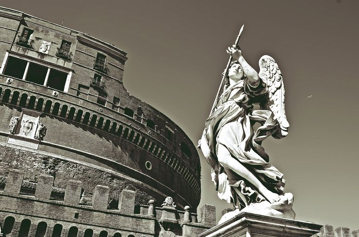 Castel Sant'Angelo v Roma, Lazio #Roma #Italy #travel