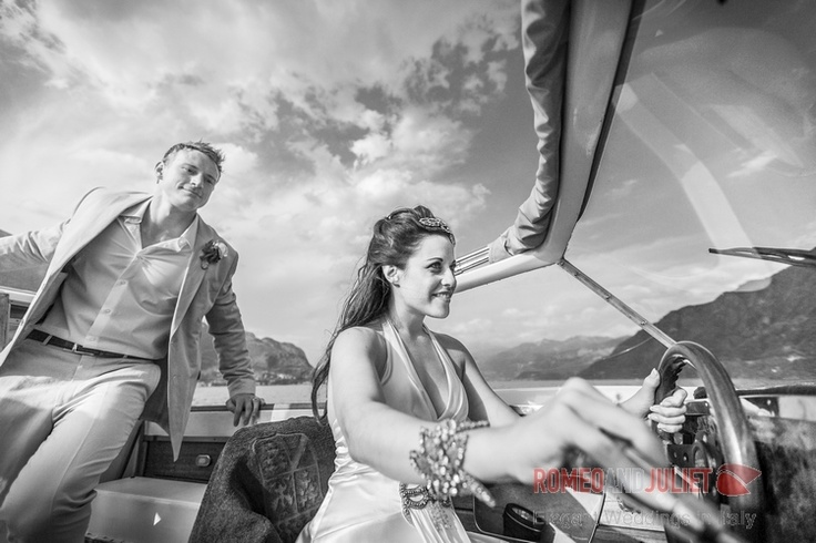 Lake Como - boat ride after the ceremony: few minutes away from everybody :)