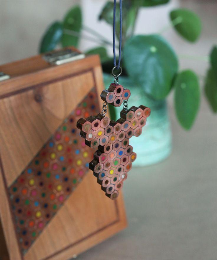 Colored pencils pendant in a charming box. www.etsy.com/sho/vzorko