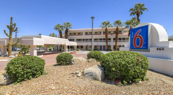 Motel 6 Palm Springs Downtown Palm Springs Conveniently located less than 5 km from Palm Springs International Airport and near a variety of attractions, this Motel 6 offers enjoyable facilities and comfortable guestrooms.  Motel 6 Palm Springs is within walking distance of Old Palm Springs.