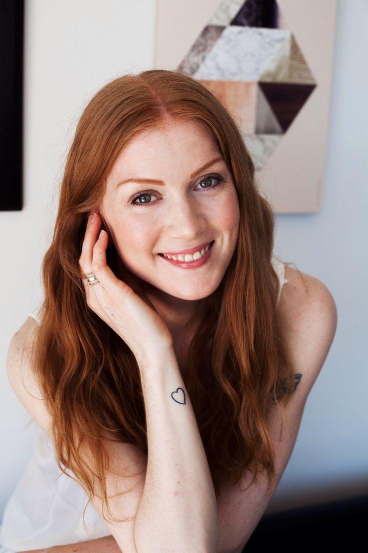 My new profile pic taken by the wonderful Mathilda Yokelin, international photographer.
