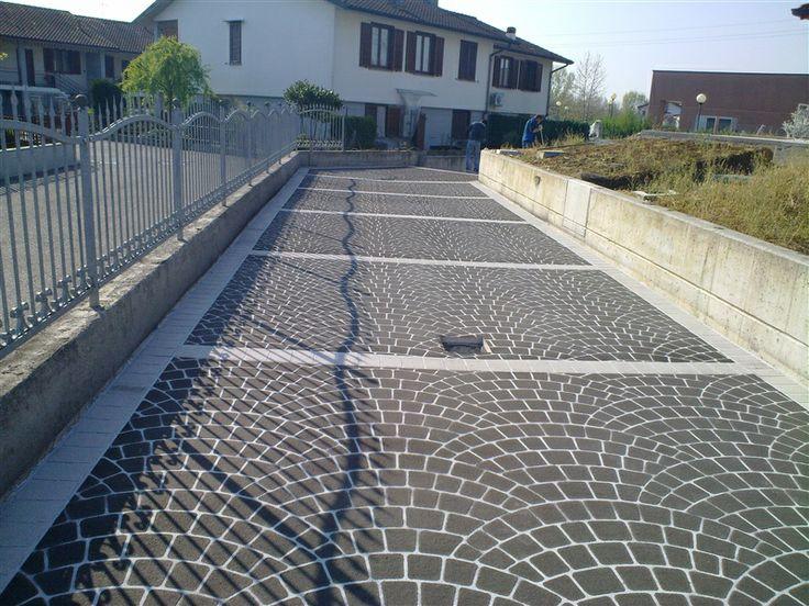 Pavimento stampato di ingresso carrale e pedonale di abitazione privata- Morengo (BG)