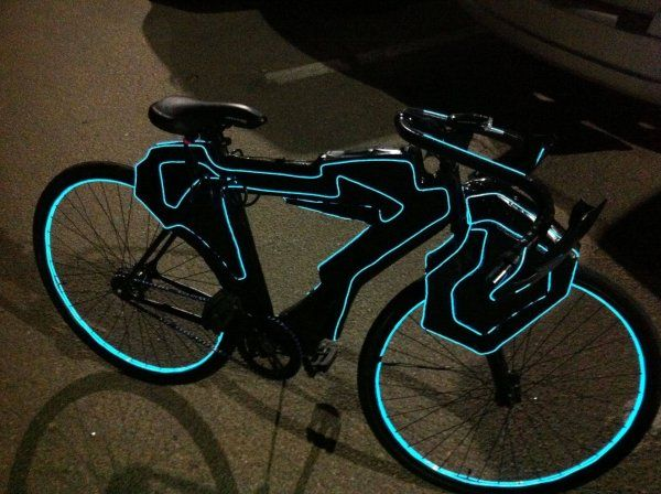 Tron Light Cycle Bike - Dorkly Picture -