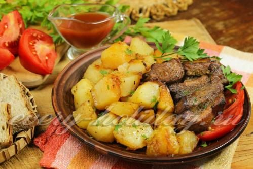 Свиные ребрышки в соевом соусе с картошкой в духовке
