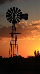 Everywhere I go I take pics of windmills. :)
