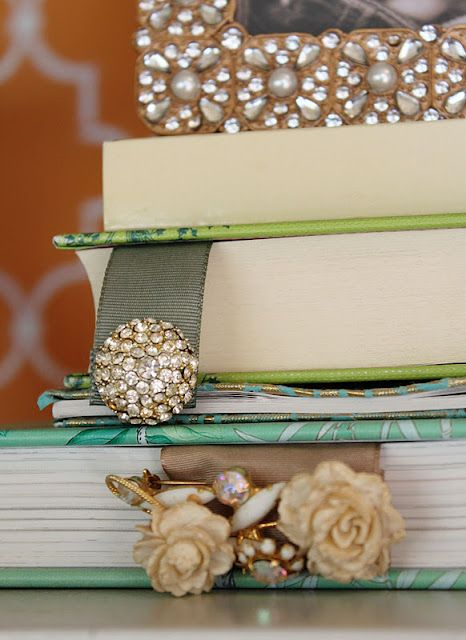 a little glass box: DIY projects-vintage jewelry book-marks