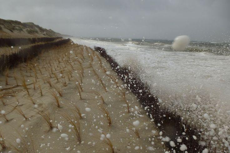 Sturmflut zerrt wieder ordentlich an den Sandvorräten Amrums...