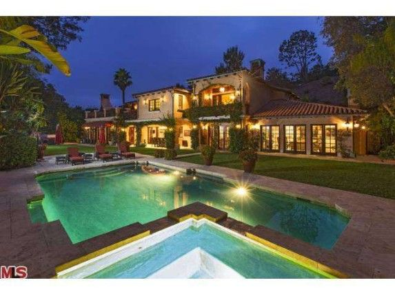 Sofia Vergara Buys Ornate Beverly Hills Villa | Zillow Blog