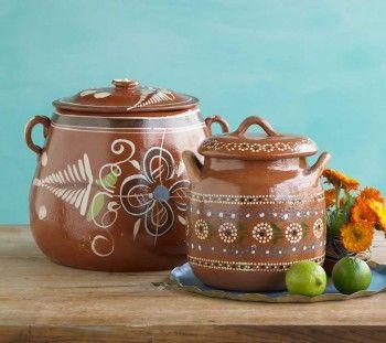 Terra cotta pots, ollas de barro, traditional Mexican cookware, the clay imparts a subtle but perceptible flavor for Frijoles de Olla, Cafe de Olla, see recipes at http://www.amazon.com/Celebraciones-Mexicanas-Traditions-AltaMira-Gastronomy/dp/0759122814