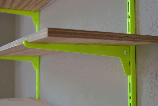 Neon shelf / Neon-Regal - kolor