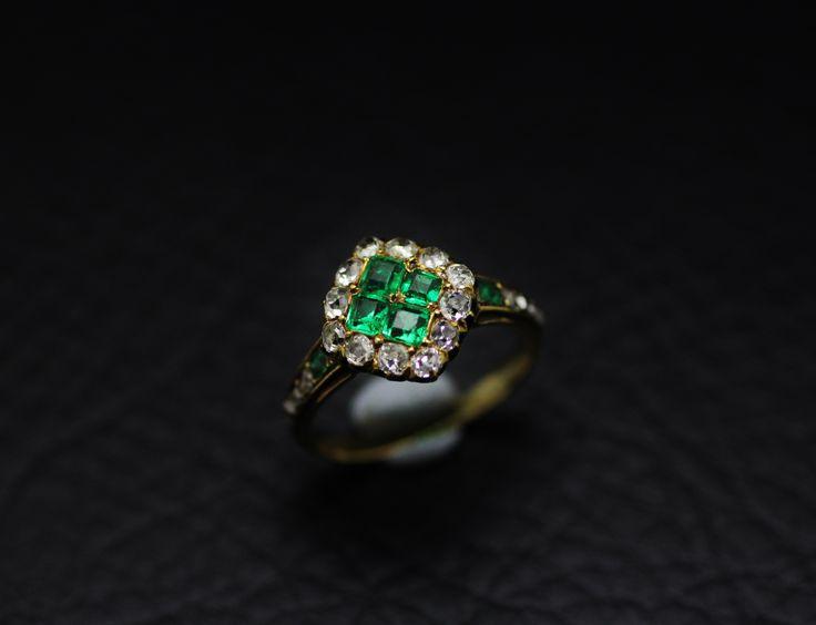 Emarald & diamond gold ring circa 1830