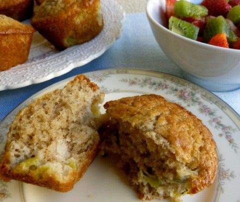 Skinny Kiwifruit Muffins. Simple. Moist. Sweet. Delicious. 156 calories, 4 Weight Watchers Points Plus. http://simple-nourished-living.com/2012/10/38-power-foods-skinny-kiwifruit-muffins/