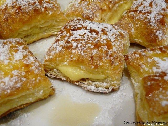 Hoy os traigo una manera muy fácil de hacer crema pastelera en el microondas que podéis usar para relleno de tartas, hojaldres o lo que quer...