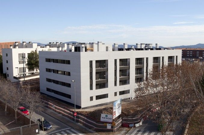 Edificio 43 viviendas vpo mas duran iii sant quirze del vall s amsa arquitectura edificios - Mas duran sant quirze ...