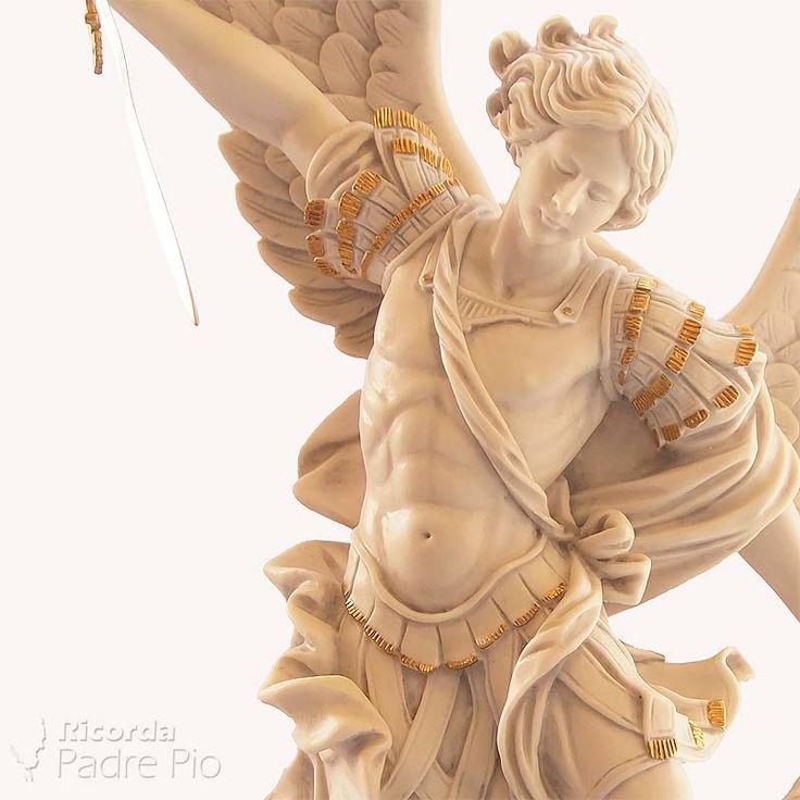 Statua di San Michele Arcangelo