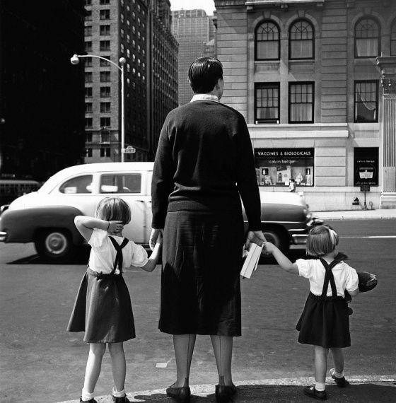 Vivian Maier / Maloof Collection / New York 1954.