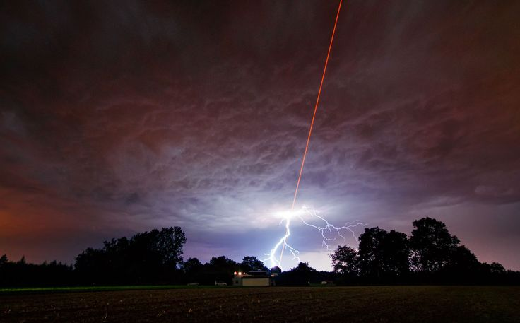 On Thursday 18 August, the sky above the Allgäu Public Observatory in southwestern Bavaria was an amazing sight, with the night lit up by two very different phenomena: one an example of advanced technology, and the other of nature's dramatic power.    http://www.eso.org/public/images/potw1136a/