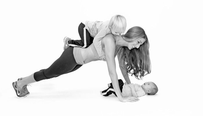 How to Lose Baby Weight: 4 Keys to Get Your Body Back- REAL LIFE postpartum weight loss tips that actually WORK!!  Every mom needs to read this!