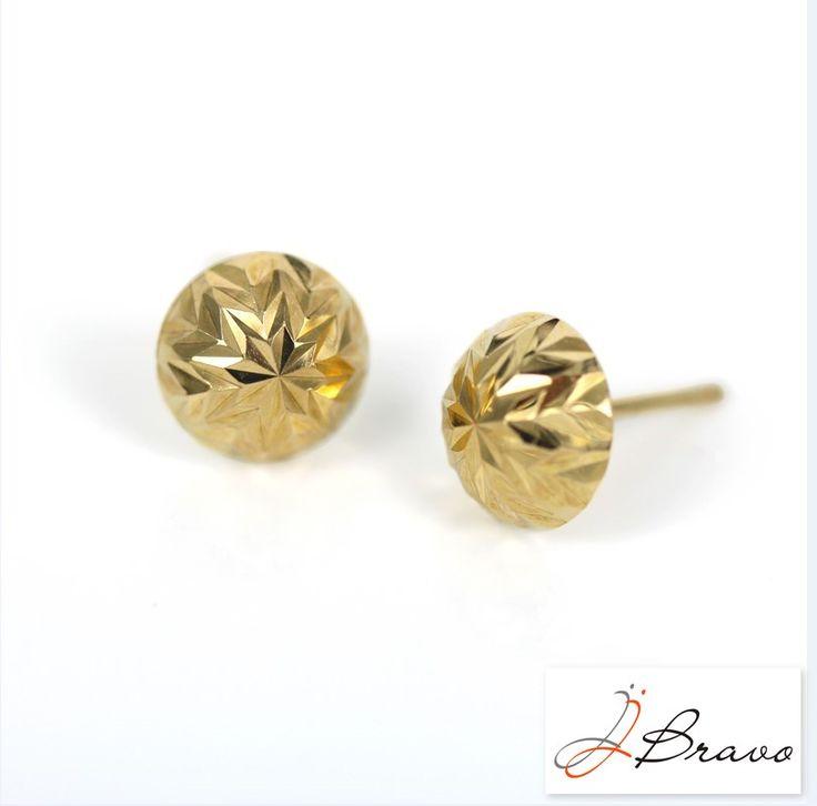Pendientes de la colección Essential. Essential collection earrings. www.jjbravo.com