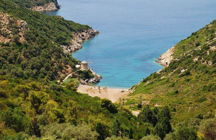 Ghialia beach, Alonnisos - Greece  http://globetrotter-blog.com/listing/alonnisos-greece/