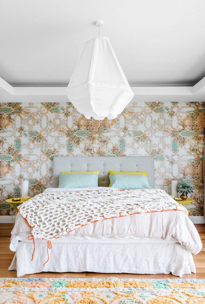 Выбираем обои для детской комнаты девочки: 85+ фото избранных идей и основные рекомендации http://happymodern.ru/oboi-dlya-detskoj-komnaty-dlya-devochek-foto/ Светлые нейтральные оттенки в классической спальне