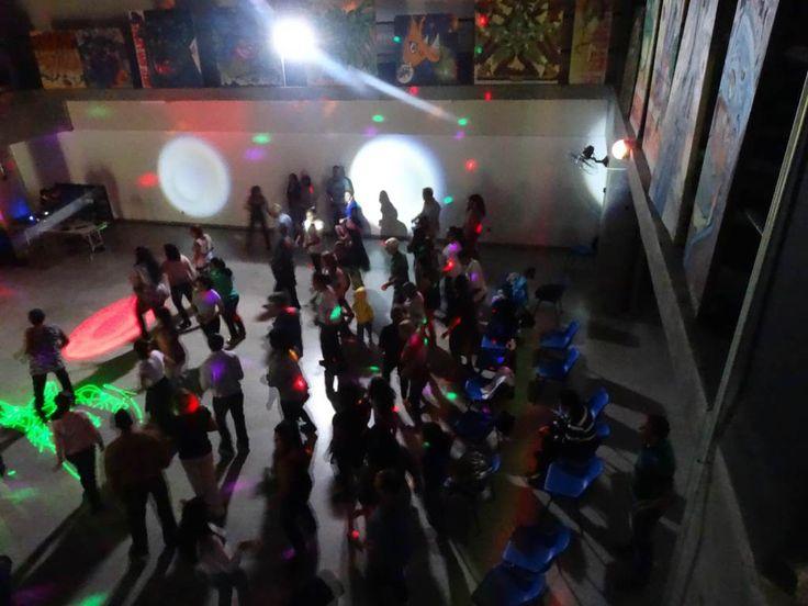 A Fábrica de Cultura Cidade Tiradentes - unidade do programa Fábricas de Cultura da Secretaria de Cultura e do Governo do Estado de São Paulo – promoverá um evento especial neste final de semana que promete ar nostálgico para quem curtia grandes Bailes Black, com a energia contagiante dos passinhos ao som de Soul, Funk e Samba Rock dos anos 70 e 80.